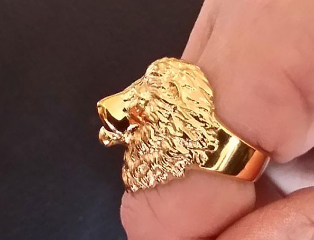 Lion Ring in 18k Gold
