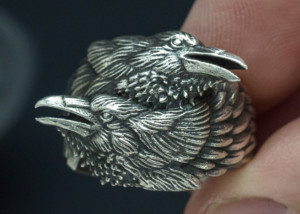 Two ravens ring. Huginn and Muninn in silver